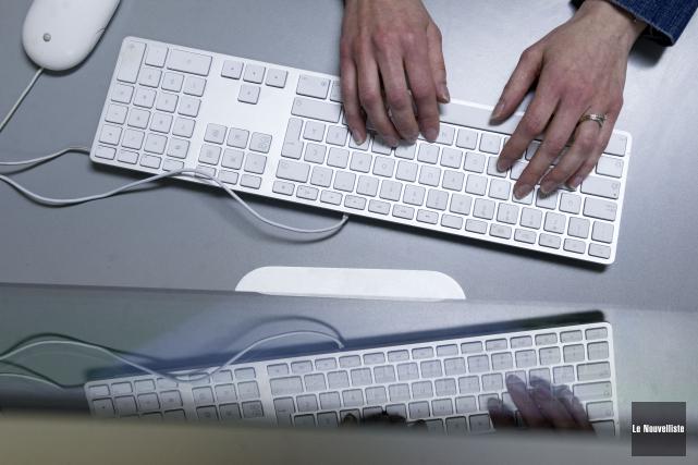 ÉDITORIAL / L'accès à Internet sera désormais reconnu comme un service... (Archives Le Nouvelliste)