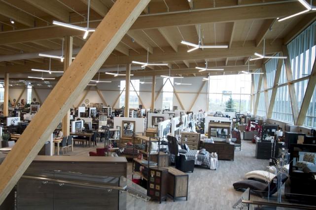 Le nouveau magasin d'Ameublements Tanguay de Trois-Rivières est... (Sylvain Mayer)