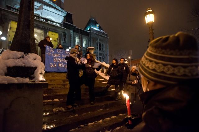 Plusieurs Sherbrookois ont répondu à l'appel de NathaliePlaatet Amnistie... (Spectre Média, Jessica Garneau)