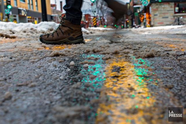Les routes du Québec seront très achalandées en ce week-end de Noël, et si l'on... (PHOTO OLIVIER JEAN, ARCHIVES LA PRESSE)