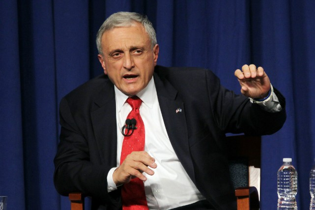 Carl Paladino était candidat républicain au poste de gouverneur... (PHOTO GETTY IMAGES NORTH AMERICA / MARIO TAMA, AFP)