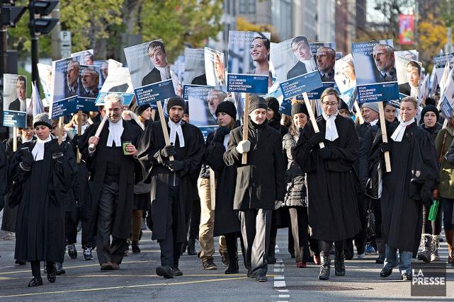 Des avocats et notaires qui travaillent pour le... (PHOTO PATRICK SANFAÇON, ARCHIVES LA PRESSE)