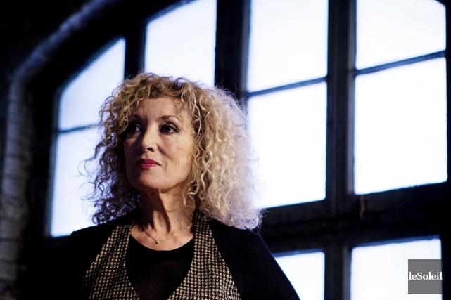 Émue et sous le choc, la chanteuse Marie-Michèle Desrosiers se rappelle son... (Photothèque Le Soleil)