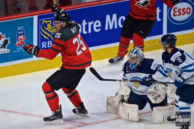 Nicolas Roy a permis au Canada de remporter... (Photo La Presse, Andre Pichette)