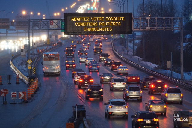 La Sûreté du Québec invite les automobilistes de... (PHOTO Martin Chamberland, LA PRESSE)