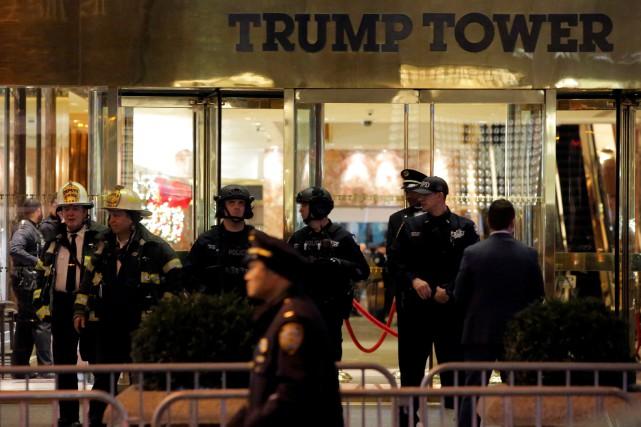 Un porte-parole de la police de New York... (Photo Andrew Kelly, Reuters)