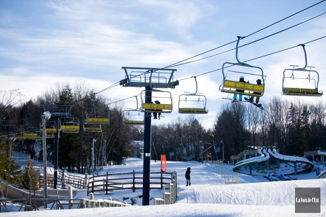 Les skieurs n'étaient pas nombreux mardi sur les... (archives La Voix de l'Est)