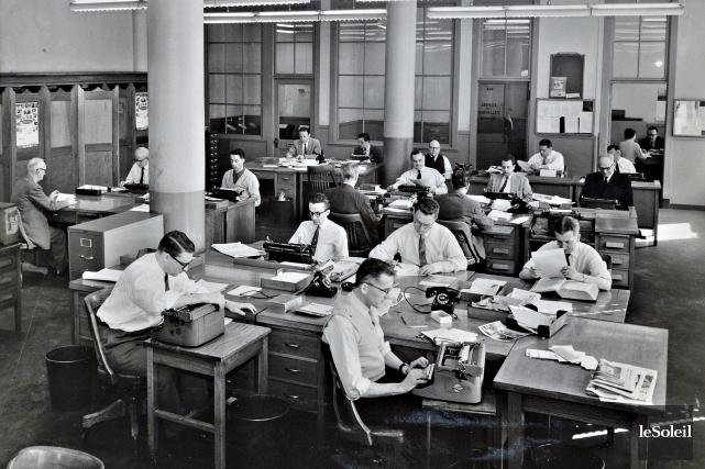 La salle de rédaction du Soleil vers 1950... (Archives Le Soleil)