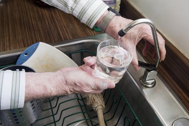 Des citoyens de Nicolet devront faire bouillir leur eau afin de la rendre... (La Presse)