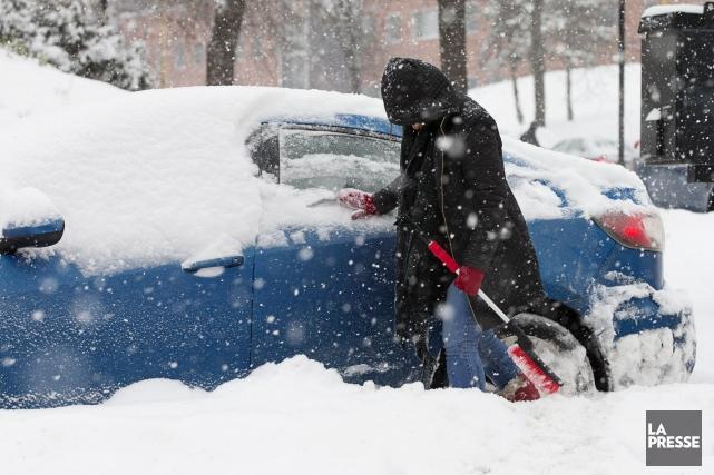 La neige débutera jeudi matin et la tempête... (PHOTO ALAIN ROBERGE, ARCHIVES LA PRESSE)