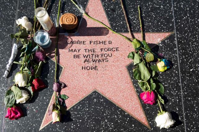 Des admirateurs de l'actrice ont prix possession d'une... (AFP, Valerie Macon)