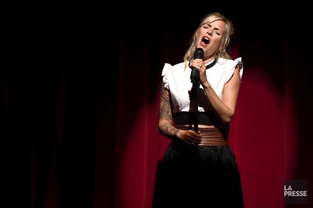 La veille du jour de l'An, la chanteuse... (Archives, La Presse)