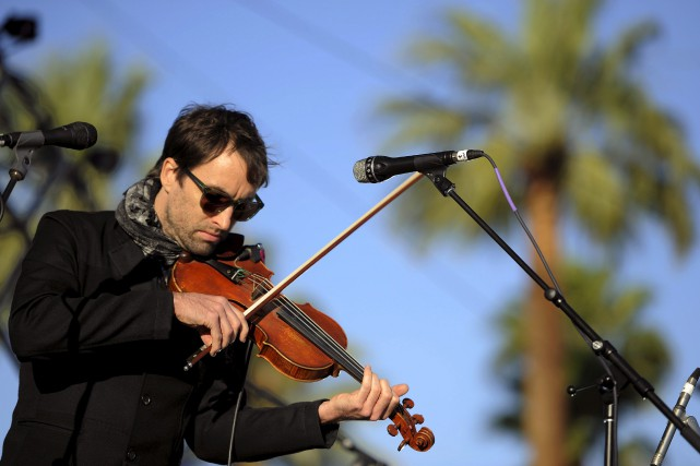 Andrew Bird en 2012, alors qu'il performe au... (AP, Chris Pizzello)