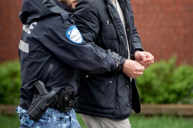 Deux armes de service volées au SPVM pourraient... (PHOTO DAVID BOILY, archives LA PRESSE)