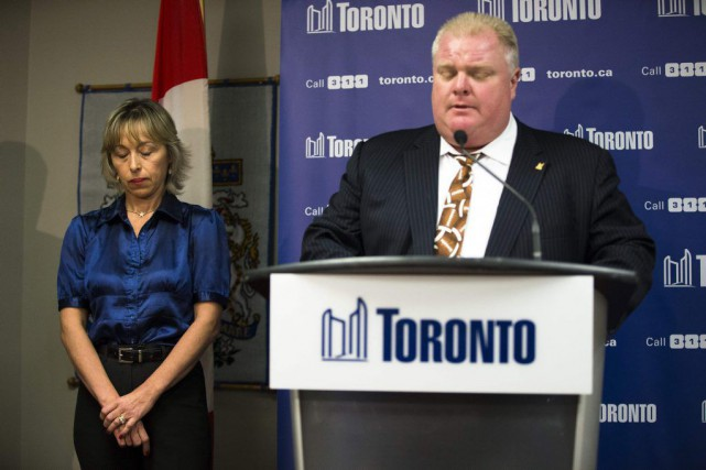 L'ancien maire de Toronto Rob Ford et sa... (PHOTO MARK BLINCH, ARCHIVES LA PRESSE CANADIENNE)
