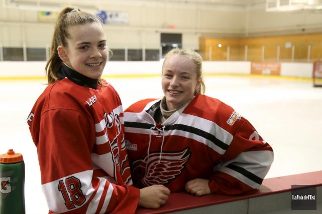 Sarah-Maude Hamel et Annabelle Scott fouleront la patinoire... (Janick Marois, La Voix de l'Est)