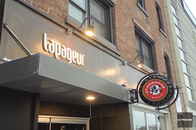 Le resto-bar Le Tapageur au centre-ville a été... (Archives, La Tribune)