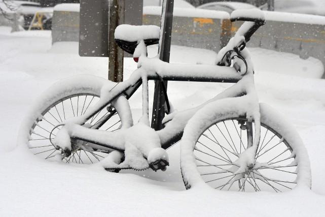Parions que cette bicyclette attendra encore quelques heures... (Photo Le Quotidien, Rocket Lavoie)