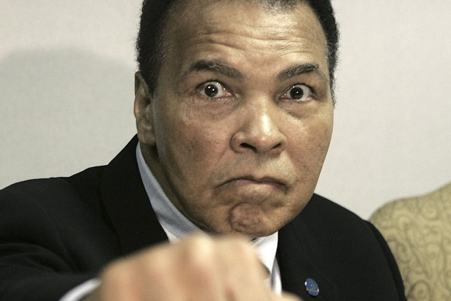 Muhammad Ali... (AP)
