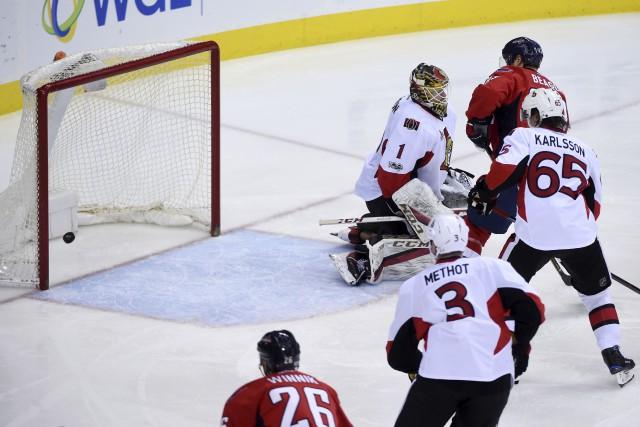 WASHINGTON - Le défenseur Taylor Chorney a marqué son premier but de la saison,... (Associated Press)