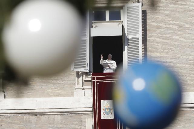 Le pape François prononce un discours à la... (AP)