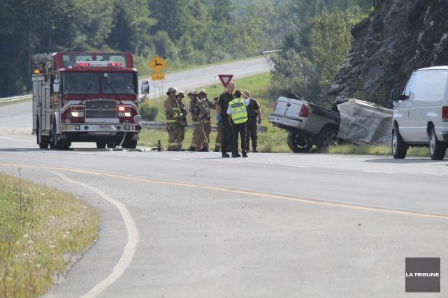 Un accident mortel sur l'autoroute 610 à Sherbrooke... (Archives La Tribune, René-Charles Quirion)