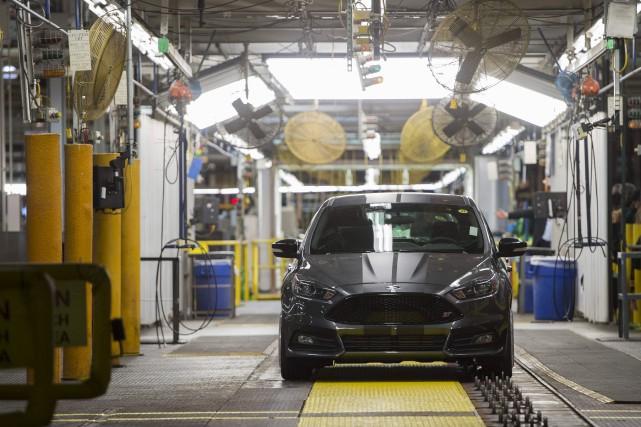 Les ventes de véhicules automobiles au Canada ont... (AFP, Saul Loeb)