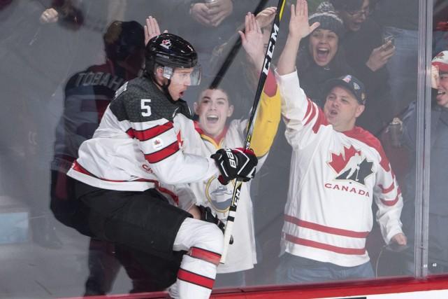 En marquant trois buts tout en récoltant sept... (La Presse canadienne)