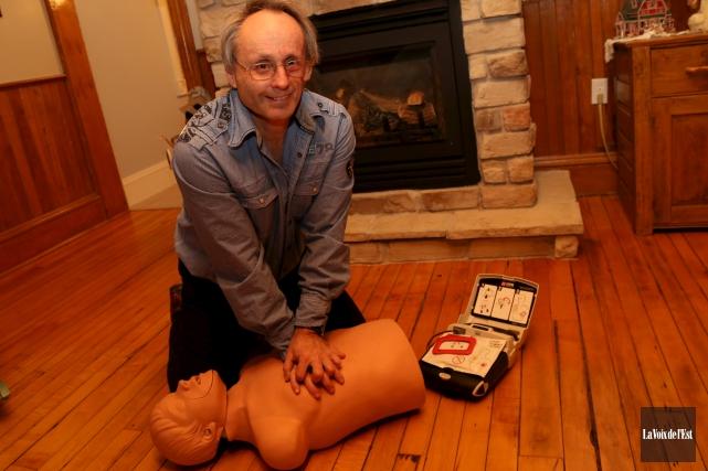 Ambulancier à Granby depuis 38 ans, Sylvain Blanchard... (Janick Marois, La Voix de l'Est)
