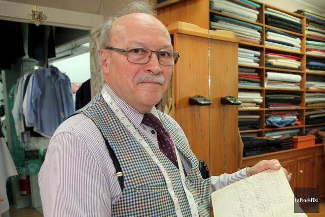Le tailleur Jean Gamache a annoncé en juillet... (Alain Dion, archives La Voix de l'Est)