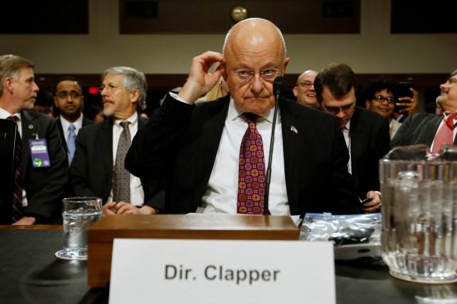 Le patron du renseignement américain James Clapper témoigne... (photo Jonathan Ernst, REUTERS)