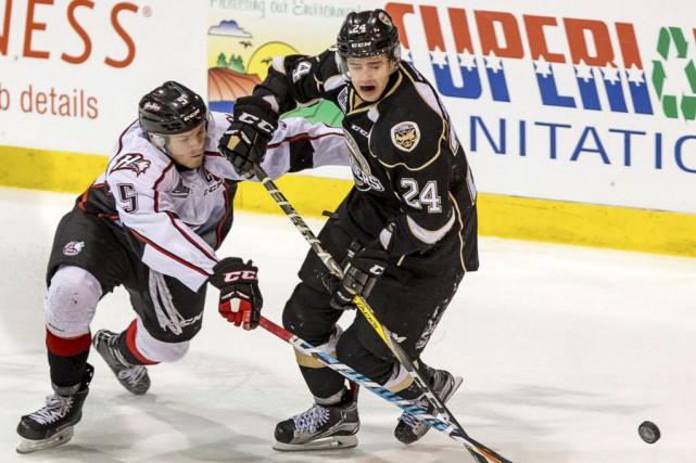 Mitchell Balmas a commencé la saison en force... (Courtoisie, Islanders de Charlottetown)