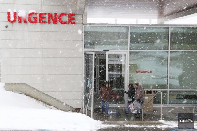 Les deux salles d'urgence de la région, soit... (Janick Marois, archives La Voix de l'Est)