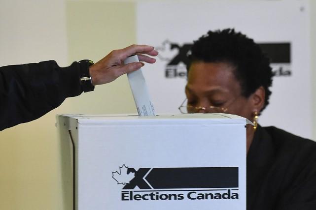 Les quatre partis de l'opposition à Ottawa demandent... (Photothèque Le Soleil)