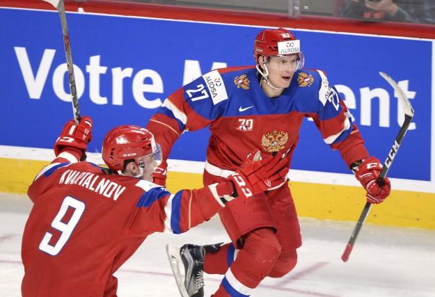 Les Russes ont mis 13 minutes 30 secondes... (La Presse canadienne, Paul Chiasson)