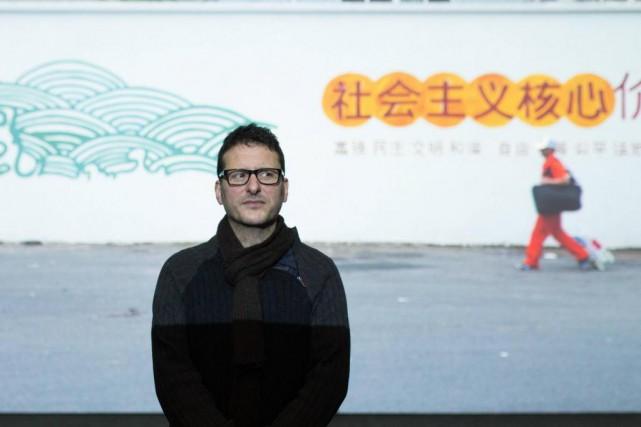 L'artiste montréalais Michael Blum présente La trilogie Écopol... (Photo Simon Giroux, La Presse)