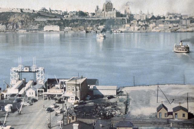 La traverse de Lévis en 1955... (Photo Horace Bélinge)