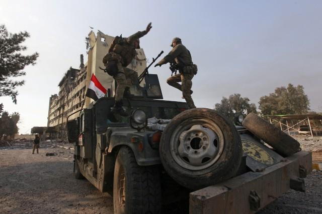 Les forces du Service du contre-terrorisme (CTS) «ont... (PHOTO ALAA AL-MARJANI, REUTERS)