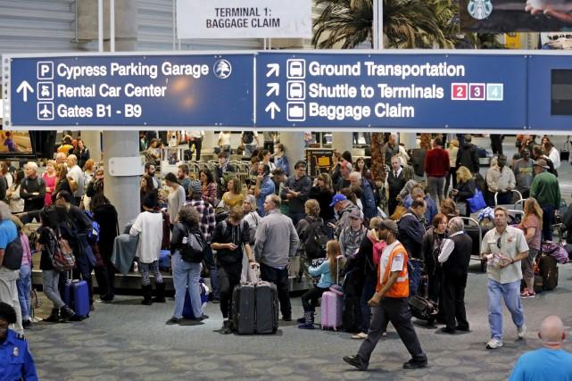 Les activités dans l'aéroport de Fort Lauderdale avaient... (AP)