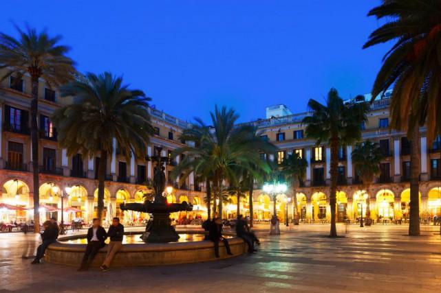 La Plaça Reial ou place Royale est une... (PHOTO THINKSTOCK)