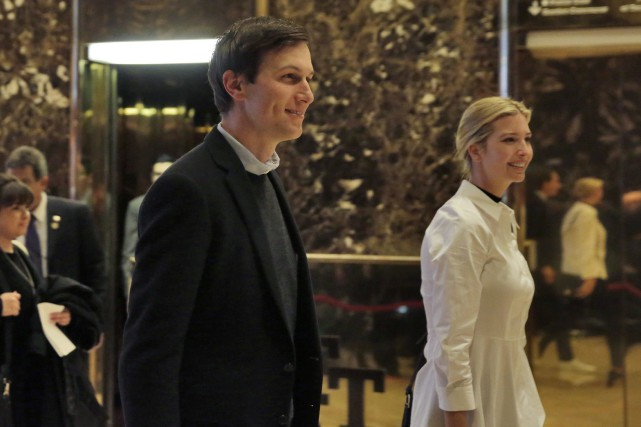 Jared Kushner et sa femme Ivanka Trump, fille... (Archives AP)