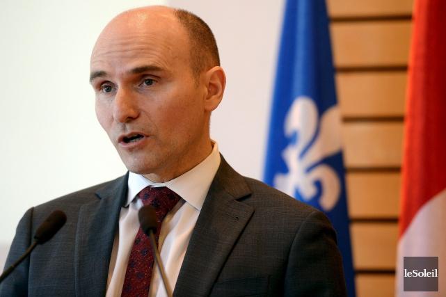 Pour lancer cette consultation, le ministre Duclos avait... (Erick Labbé, Le Soleil)