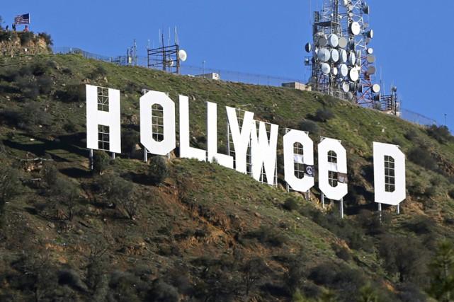 L'homme qui avait détourné en «Hollyweed» les célébrissimes lettres géantes... (PHOTO AP)