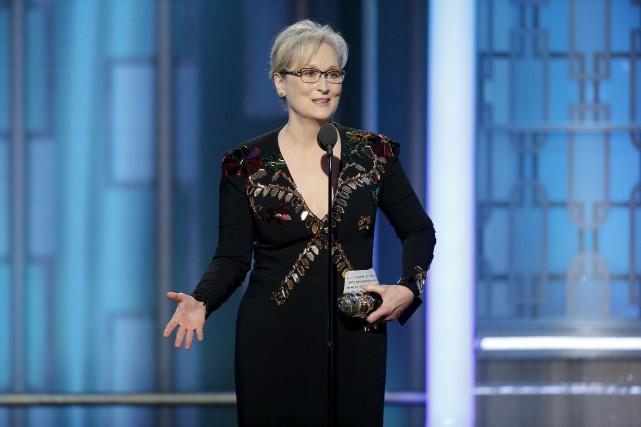Alors qu'elle recevait dimanche aux Golden Globes le... (AP, Paul Drinkwater)