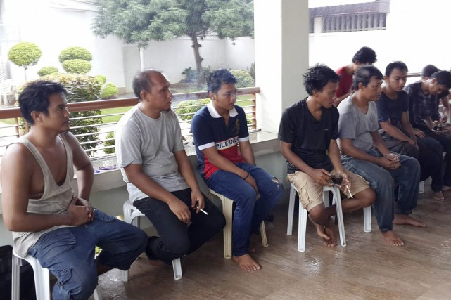 Les membres de l'équipage d'un bateau indonésien enlevés... (photo archives bureau du gouverneur de sulu/AP)