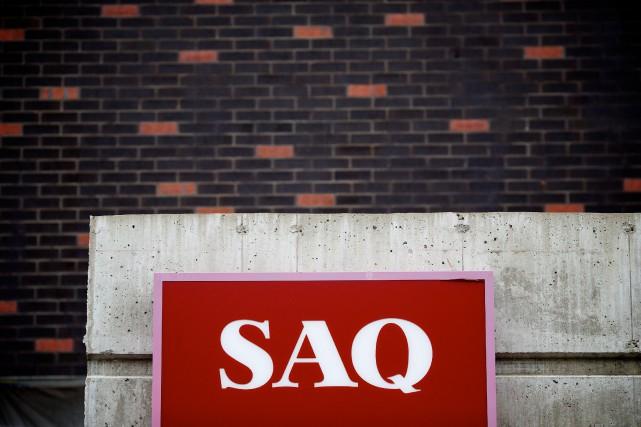 La SAQ baisse de nouveau le prix de ses 1600 vins les plus populaires. Cette... (PHOTO SARAH MONGEAU-BIRKETT, archives LA PRESSE)