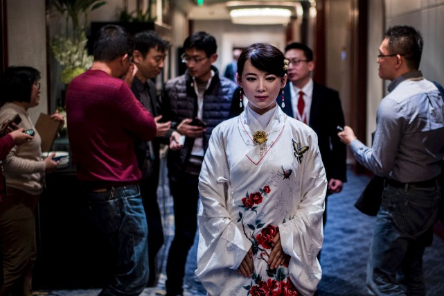 Jia Jia est considérée comme le premier androïde... (AFP)