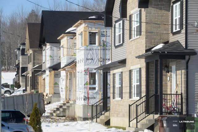 La tendance des mises en chantier résidentielles était... (Photothèque La Tribune)