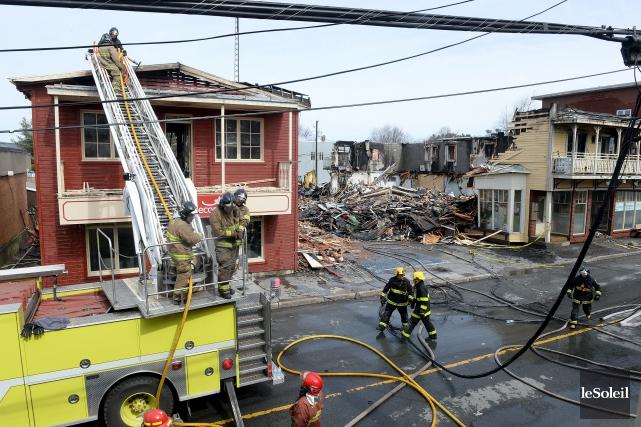 Le sinistre avait détruit quatre bâtiments résidentiels et... (Photothèque Le Soleil, Erick Labbé)