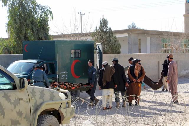 À Lashkar Gah, la capitale provinciale du Helmand... (AFP, Noor Mohammad)